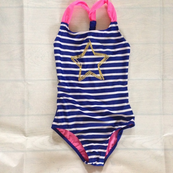 bc2e0ba739b48 Circo Other - Girl s Circo One Piece Swimsuit Size M 7-8